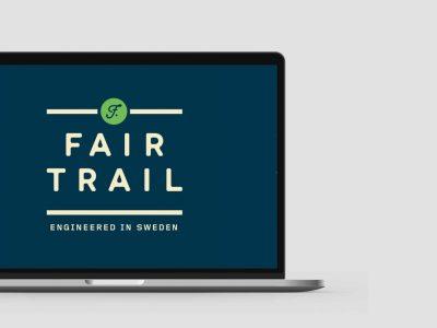 Fairtrail_laptop_mockup_side2